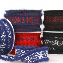 Embroidered woolly trim