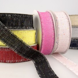 Iridescent cloth ribbon