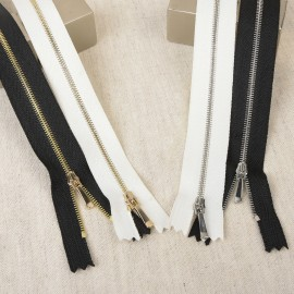 Plain Zip thin chain