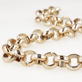 Ring plastic chain
